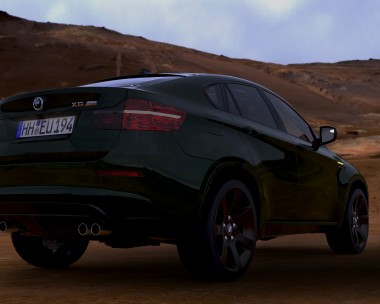 BMW X6 in the desert